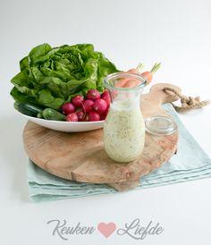 Yoghurt salade dressing Ceasar Dressing, Tapenade, Salad Dressing Recipes, Vinaigrette, Chutney, Serving Bowls, Bbq, Food And Drink, Veggies