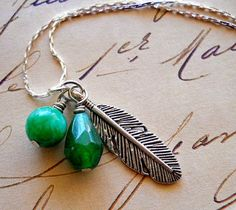 pretty feather necklace.  :)