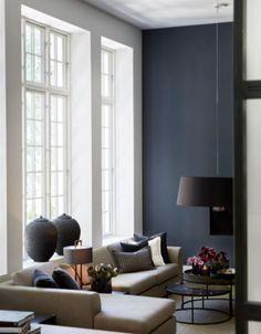 American Home Interior .American Home Interior Beige Living Rooms, Blue Rooms, Blue Walls, My Living Room, Home And Living, Living Room Decor, Dark Walls, Piece A Vivre, Deco Design