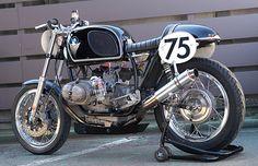 C'est ici qu'on met les bien molles....BMW Café Racer - Page 2