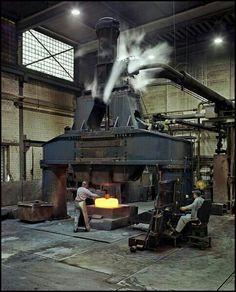 Now thats a steam hammer