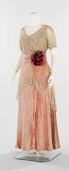 1913 Day Dress with Rosette on Waistband Late Antique