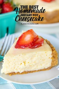 Easy Instant Pot Cheesecake - Do you need some instant pot dessert recipes? You have to give this instant pot cheesecake recipe a try! It's a classic vanilla cheesecake that tastes amazing topped with your favorite pie filling or just plain. Fluffy Cheesecake, Plain Cheesecake, Best Cheesecake, Homemade Cheesecake, Easy Cheesecake Recipes, Easy Cake Recipes, Dessert Recipes, Light Cheesecake, Classic Cheesecake
