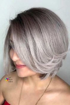 Hair Color 2018 Side Parted Straight Short Bob ❤️ Are you looking for the most flattering short grey hair color ideas and styles? Check out our amazing collection to get inspired! Ombre Bob, Ombre Hair, Short Grey Haircuts, Grey Bob Hairstyles, Straight Hairstyles, Short Sassy Hair, Short Hair Cuts, Short Hair Styles, Hair Color 2017