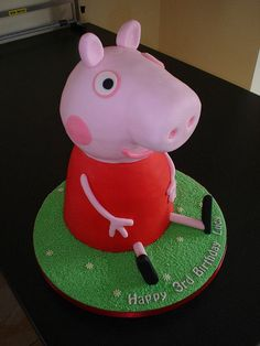 Help With A 3D Peppa Pig Cake Please