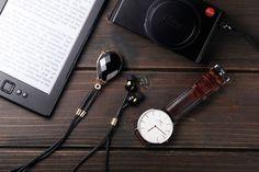 HiNICE+ Wearable Gem Necklace & Bluetooth Earphones