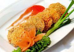 Mẹo vặt nấu ăn ngon: Thịt heo chiên xù Nguyên liệu – Thịt heo, loại nạc thăn: 350g; – Bột chiên giòn: 1 gói; – Bột chiên xù, màu cam: 1 gói