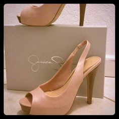 Jessica Simpson light pink heels Excellent condition light pink heels. Looking for a new owner Jessica Simpson Shoes Heels
