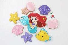 Ariel Cookies Set