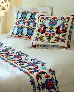 Boho Style Furniture And Home Decor Ideas Cross Stitching, Cross Stitch Embroidery, Embroidery Patterns, Hand Embroidery, Cross Stitch Patterns, Mexican Home Decor, Mexican Embroidery, Cushions, Pillows
