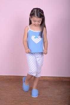 Kids Pajamas, Pjs, Ropa Interior Babydoll, Hello Kitty Clothes, Pajama Pattern, Outfit Sets, Baby Dolls, Sewing Patterns, Kids Fashion