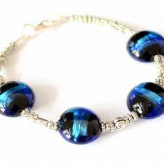 Foiled Glass Bead & Silver Bracelet Tutorial   Love the blue beads