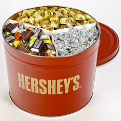 HERSHEY'S Tin , Show your appreciation in a big way. with the HERSHEY'S Tin. Matte-finish red tin stands high and is filled to the brim with 10 pounds of HERSHEY'S favorites. Chocolate Pack, Chocolate Sweets, Hershey Chocolate, Chocolate Ice Cream, Chocolate Gifts, Chocolate Hampers, Food C, Love Food, Snickers Almond