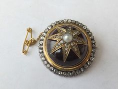 Stunning heavy Victorian 1.60 carat Diamond and Amethyst 15ct gold brooch