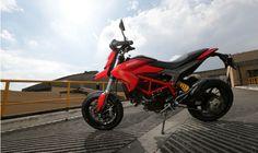 Ducati Hypermotard é para pilotos altos - motos - avaliacoes - Jornal do Carro