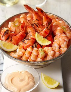 Buy the Luxury Tiger Prawn Platter from Marks and Spencer's range. Brunch Recipes, Wine Recipes, Seafood Recipes, Appetizer Recipes, Appetizers, Christmas Lunch, Christmas Dinners, Aussie Christmas, Australian Christmas