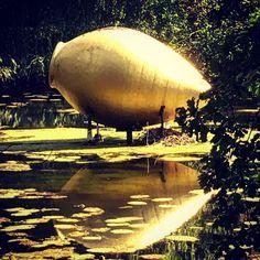 Golden Eye ... #castle #mis #amazingfotos #gold #art #sculpture #journey #