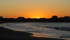 SETTING ORANGE GRADIENT - Perfect evening for a stroll - does anybody feel like joining us?  #sunset #southafrica #westcoast #golden #aweinspiring Beach Tops, West Coast, South Africa, Sunset, Orange, City, Nature, Travel, Outdoor