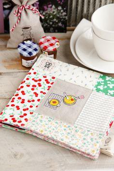 Quilt tea mats | Minki's Work Table