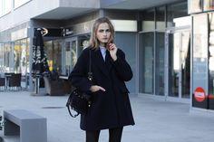 So in Carmel / Oversized coat //  #Fashion, #FashionBlog, #FashionBlogger, #Ootd, #OutfitOfTheDay, #Style