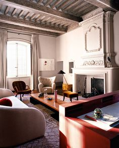 Chateau Chic Living Room by Pierre Yovanovitch Apartment Interior Design, Modern Interior Design, Interior Design Inspiration, French Interior, Best Interior, Art Deco, Pierre Yovanovitch, Parisian Decor, Boho Home
