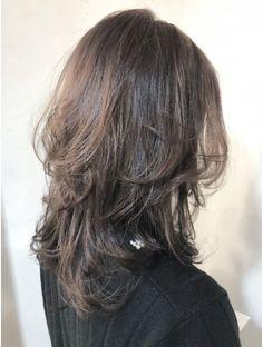Pin on ウルフ Cut My Hair, Hair Cuts, Hair Inspo, Hair Inspiration, Cabelo Inspo, Medium Hair Styles, Curly Hair Styles, Haircuts Straight Hair, Hair Color Streaks