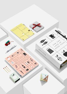Get organised in the kitchen and improve your cooking with Recipe Folders, paper craft and Craft Packaging, Packaging Design, Branding Design, Identity Branding, Corporate Design, Visual Identity, Book Design, Layout Design, Print Design