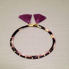 He encontrado este interesante anuncio de Etsy en https://www.etsy.com/es/listing/256313870/tassel-jewelry-friendship-bracelet