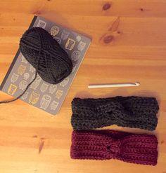 Crochet Turban Headband (Pattern) https://winestainedapron.wordpress.com/2015/10/27/crochet-turban-headband-pattern/