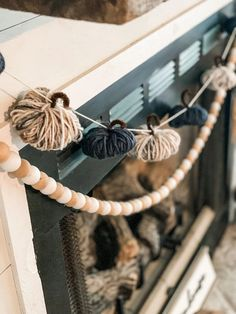 Garlands (or banners… whatever you decide to call them) make for such CUTE decor on mantels, coffee bars, etc! You literally cannot go wrong with this one… it is simple, takes very few items to make, and you can make it match ANY style! So, let's get started! #PumpkinGarland #FallGarland #FallDecorIdeas Fall Garland, Diy Garland, Mantle Garland, Pumpkin Crafts, Diy Pumpkin, Pumpkin Decorating, Fall Decorating, Diy Banner, Fall Mantel Decorations