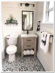If you are looking for Small Bathroom Makeover Ideas, You come to the right place. Below are the Small Bathroom Makeover Ideas. This post about Small Bathroo. Bad Styling, Bad Inspiration, Bathroom Design Small, Small Bathroom Inspiration, Small Master Bathroom Ideas, Cute Bathroom Ideas, Bath Ideas, Small Guest Bathrooms, Black And White Bathroom Ideas