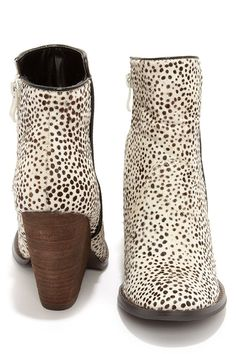 46b42ac8afab Very Volatile Feverdream Chocolate Chip Pony Hair Booties at Lulus.com!  Booties Outfit