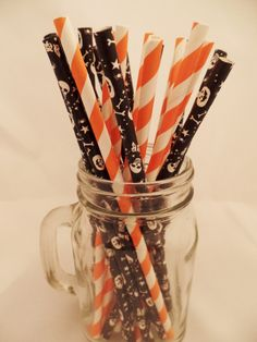 Fright Night Fun Paper Straws- Halloween Straws- Set of 25 Straws- Party Straws Set- Black - Pumpkins- Skeletons - Orange- Halloween Party by MagicalCelebrations1 on Etsy