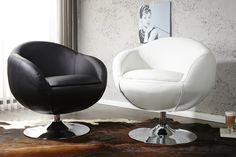 """Der exklusive und pompöse Drehsessel """"Bomber"""" ist ein Garant für den imposanten Auftritt. Der Sessel ist bezogen mit hochwertigem Kunstleder und die gepolsterte Sitzfläche bietet Ihnen Sitzkomfort, der seinensgleichen sucht. Er ruht auf einem stabilen und besonders aufwendig verchromten Tulpenfuß, der eine Drehung um 360° ermöglicht. In den angesagten Lounges dieser Welt ist der Cocktailsessel schon längst ein Must-Have."""