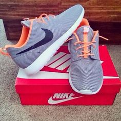 Sports shoes #Nike #Running #Shoes outlet only $32.00 , not long time for cheapest. The Best Gift.