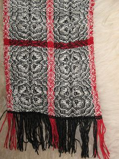 Scarf - Weaving and Lace Gallery Item - Handweaving.net Hand Weaving and Draft Archive
