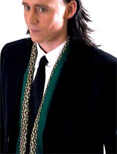 Tom Hiddleston ✝ As Loki Laufeyson ✝ Loki Avengers, Marvel Films, Loki Thor, Loki Laufeyson, Marvel Avengers, Thomas William Hiddleston, Tom Hiddleston Loki, Loki Gif, Loki God Of Mischief