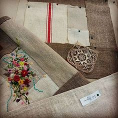 #Embroidery#stitch#needlework#Hemp linen #프랑스자수#일산프랑스자수#자수#자수타그램#자수소품#햄프린넨 #재미난 시간들. .