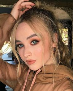 Sabrina Carpenter Outfits, Girl Meets World, People Magazine, Celebrity Babies, Celebs, Celebrities, Queen, Woman Crush, Girl Crushes