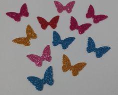 Aplique de borboleta em Eva com Glitter | Ateliê Cantinho da Aplique de Borboleta (tamanho 3x2) em Eva com glitter nas cores azul,prata, fucsia, rosa, roxa, dourada e preto. Ideal para confecção de lembrancinhas de aniversário, nascimento,chá de bebe ou de fraldas , topper e trabalhos em scrapbook.Lary | Elo7