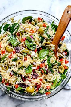 This vegetarian Mediterranean orzo pasta salad with crunchy vegetables and spinach, briny olives, and feta cheese makes a healthy, easy-to-make, meal-prepped meal or flavorful pasta salad side. Get the recipe: Mediterranean Orzo Salad Easy Pasta Salad Recipe, Healthy Salad Recipes, Orzo Salad Recipes, Super Healthy Recipes, Summer Vegetarian Recipes, Vegetable Salad Recipes, Food Salad, Orzo Pasta Salads, Vegan Recipes