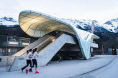 Congress Station, la primera de las estaciones del funicular proyectadas por Zaha Hadid en Innsbruck