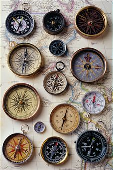 Various styles of compasses on old map of western hemisphere Compass Art, Compass Drawing, Compass Rose, Compass Tattoo, Eagle Images, Vintage Keys, Vintage Nautical, Clock Art, Old Maps