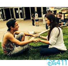 Video: Paris Berelc Gets Startled By Aramis Knight May 26, 2014