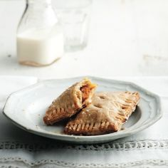 Caramel and banana hand pies - Caramelly dulce de leche and sweet bananas make this great for dessert or brunch. Jam Sandwiches, Pumpkin Spice Syrup, Semi Sweet Chocolate Chips, Peanut Butter Recipes, Thanksgiving Desserts, Canned Pumpkin, Pumpkin Dessert, Hand Pies, Pumpkin Recipes