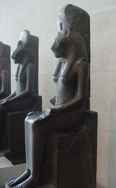the center of egyptian life The people of ancient egypt: the population,  life expectancy for one year old  egyptian changed in the course of the millennia and five linguistic periods.