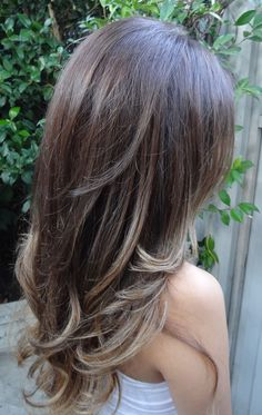 brunette with highlights...