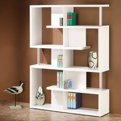 Image from http://lingatour.com/wp-content/uploads/2014/06/white-sliding-bookcase-room-dividers-chicago.jpg.