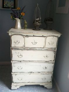 black shabby chic furniture | white over black and sanded by Shabby Chic girl | Furniture Upcycling!