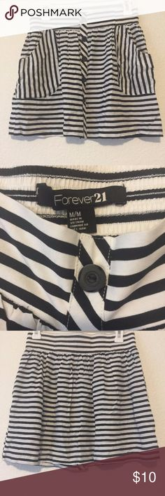 Forever 21 Black and White Stripped Skater Skirt Super Cute Skate Skirt with cute buttons on the front. Forever 21 Skirts